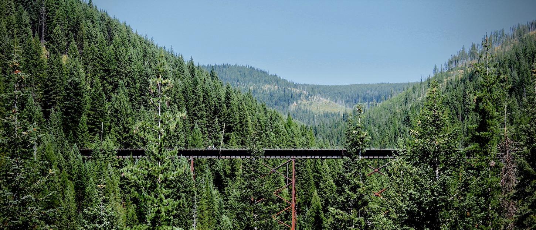 Train tresel on trail of the Hiawatha